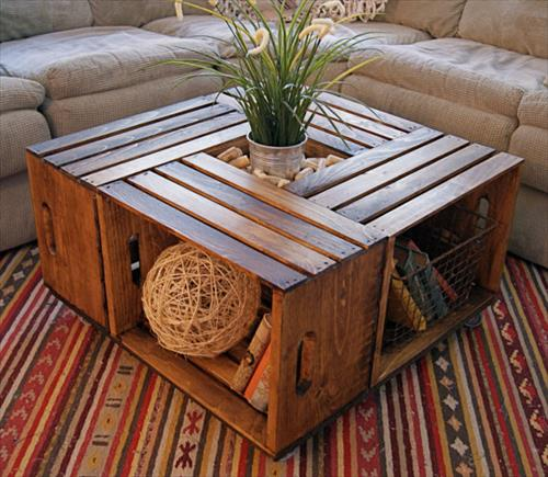 Pallette imitating coffee table with book storage