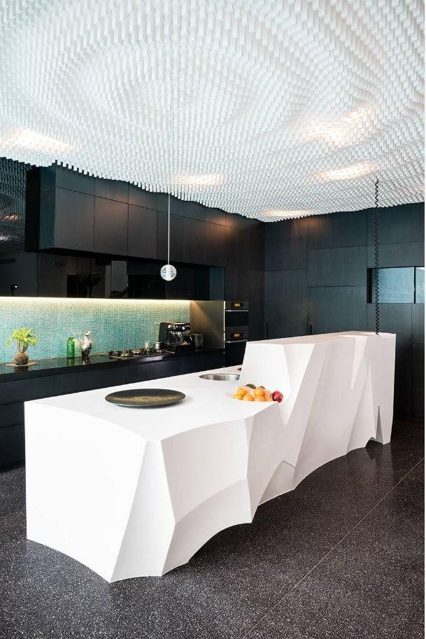 Modern Kitchen by Individual Design & Construction