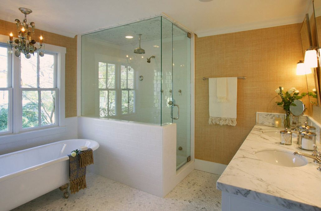 Bathroom Design Tips: Wall Decoration Advice and Photo Examples. Spectacular shower cabin of glass