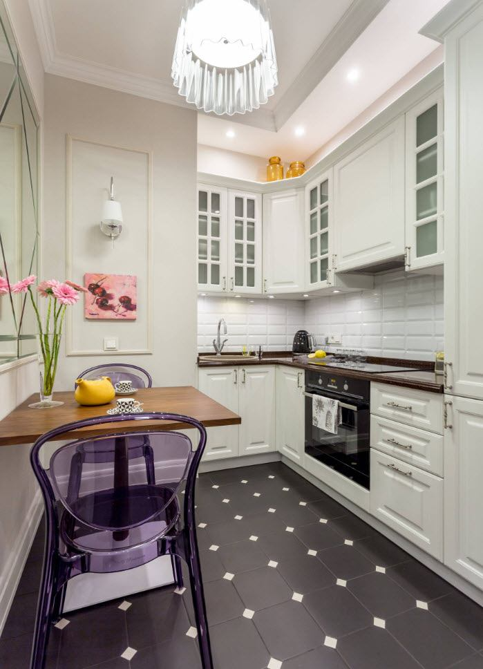 Simple concise design of Classic styled kitchen with flower decoration