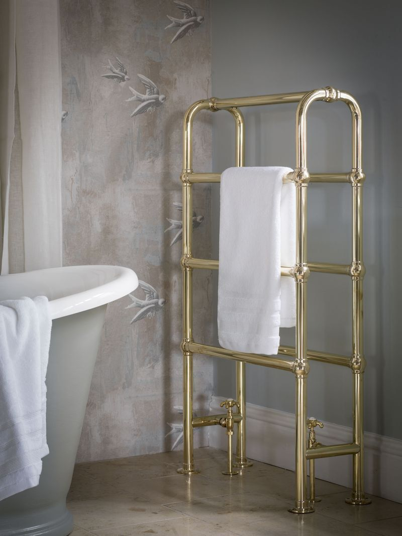 Case looking gilded heated towel rail construction