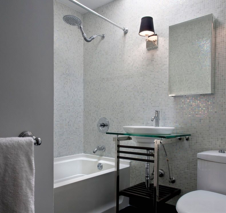 Bathroom Design Tips: Wall Decoration Advice and Photo Examples. Gray structured paint for walls in small space