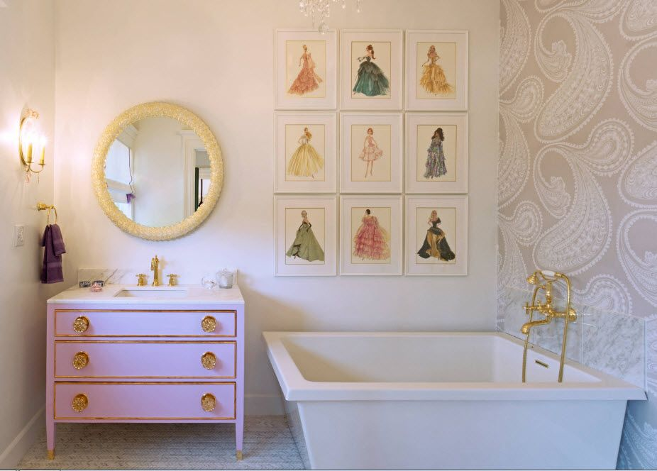 Acrylic Bathtub as the Highlight of Modern Bathroom Interior. Classic theme with pictures for unusual styled space