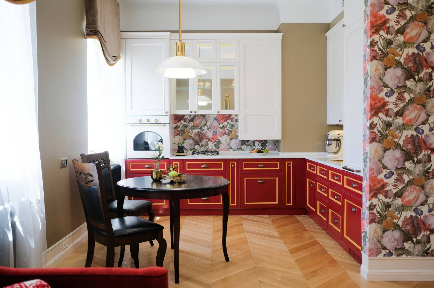 75 Square Feet Kitchen Interior Decoration Advice and Design Ideas. Neat pastel colored Classic kitchen with laminated floor and red bottom tier of furniture set
