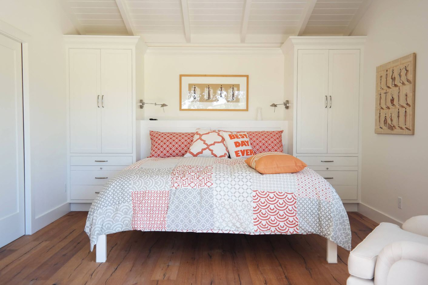 120 Square Feet Bedroom Interior Decoration Ideas. Neat arrangement of in Classic style