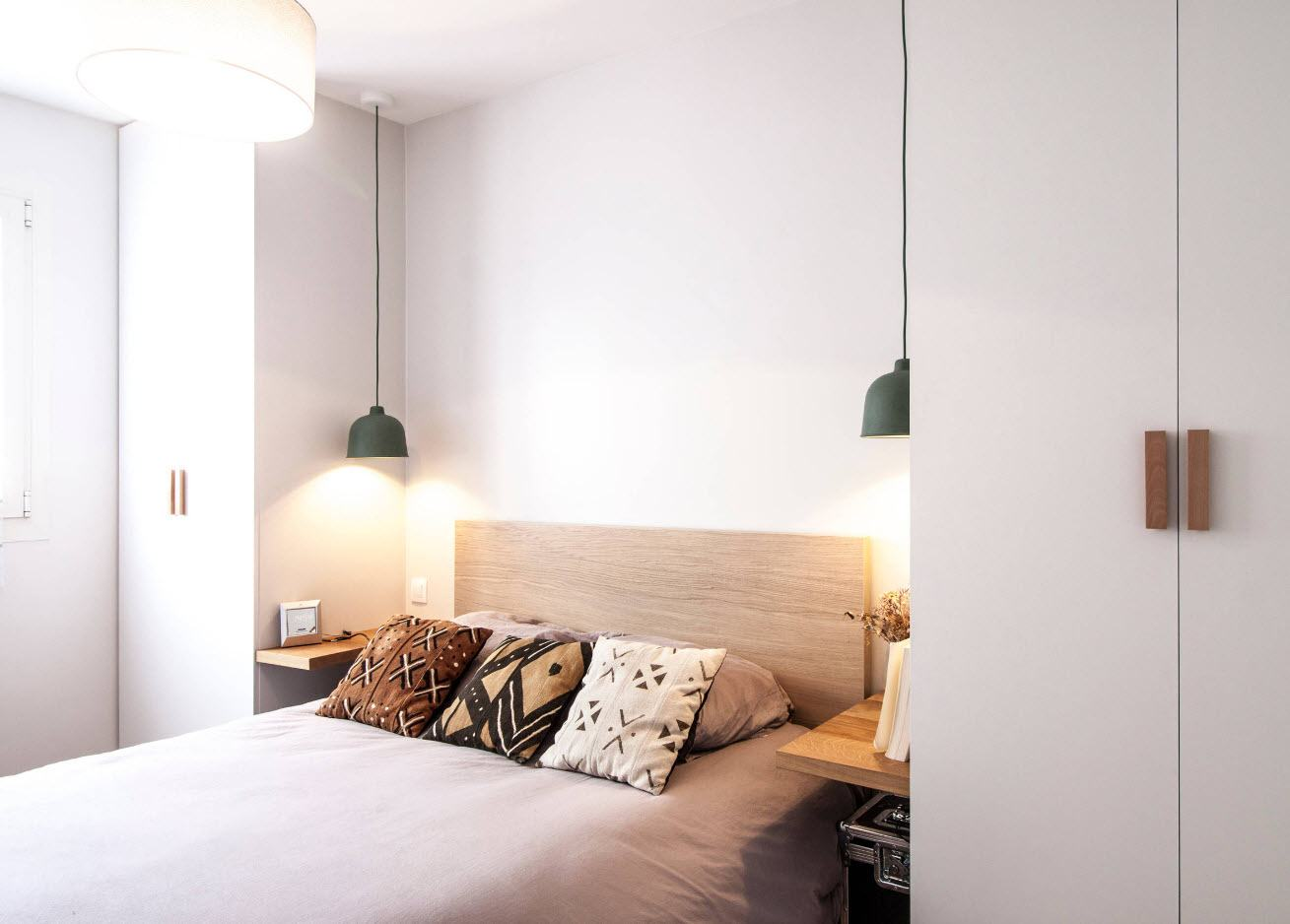 120 Square Feet Bedroom Interior Decoration Ideas. Absolutely white designed walls in minimalistic design