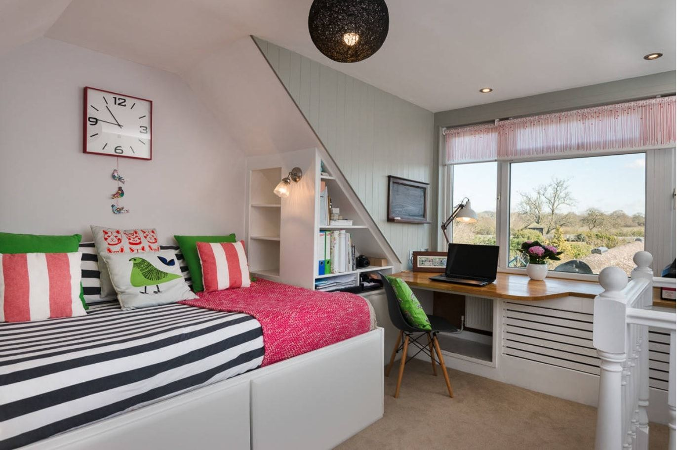 Triangle form theme for attic kids' room