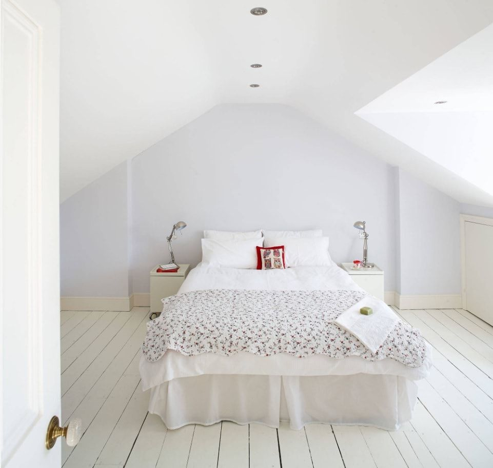 Organizing Comfortable and Functional Attic Room Advice with Photos. White decoration with the bedroom at the attic and planked white painted floor