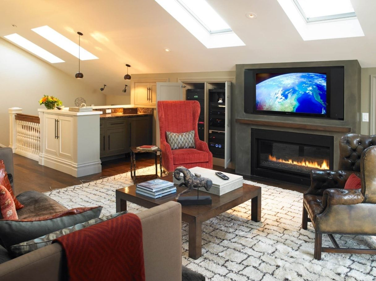 Skylights and light wall decoration for contemporary styled living room