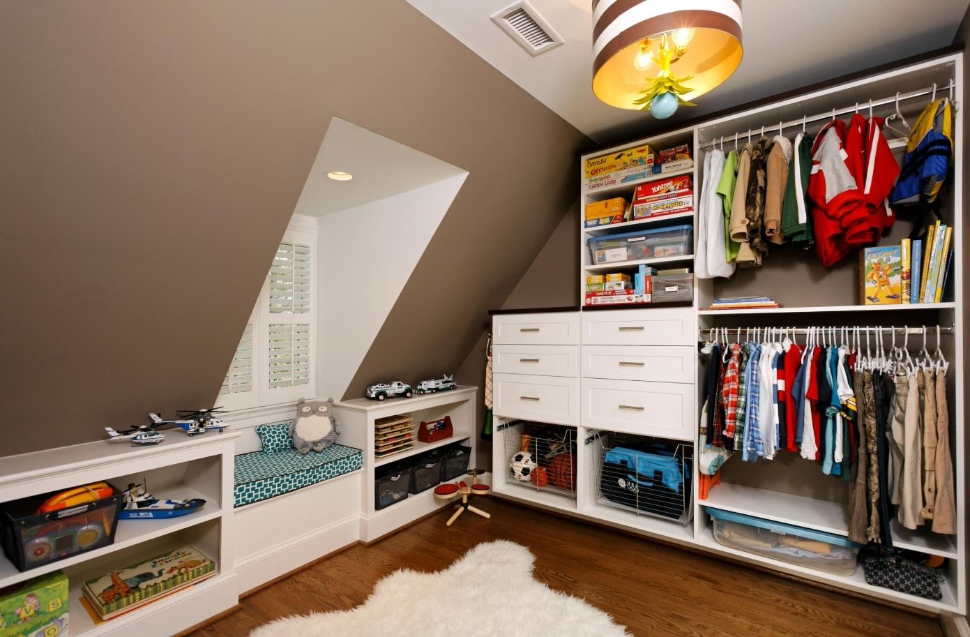 nicely decorated wardrobe at the attic