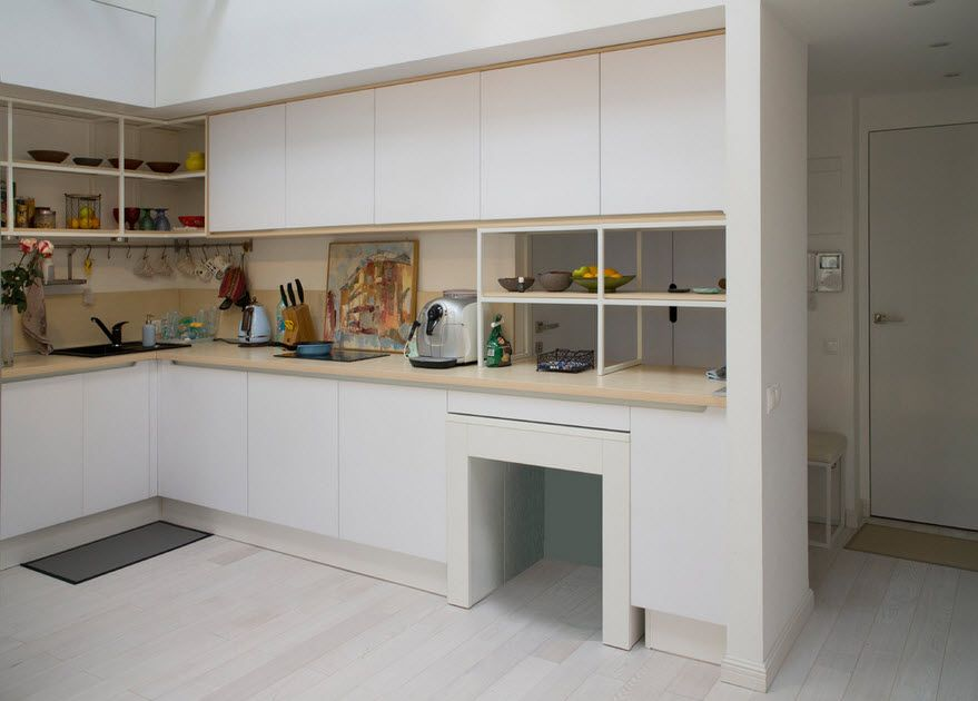 Modular kitchen furniture with open shelves