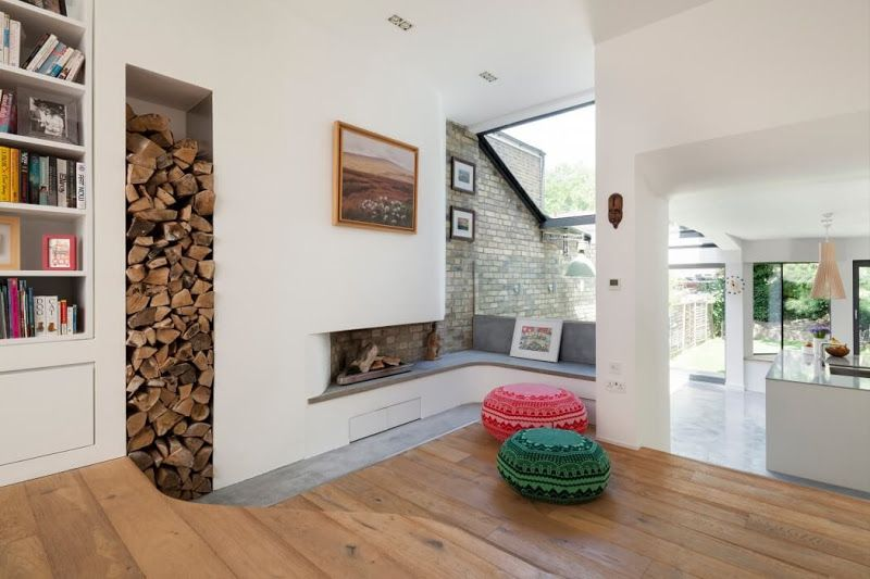 Successful solution of firewood storage in the wall niche