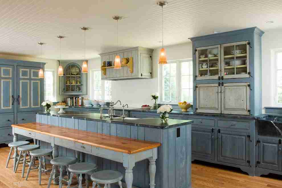 Solid Wood Kitchen Stylish Ideas for Modern Interiors. Blue colored design of the Provence styled large kitchen