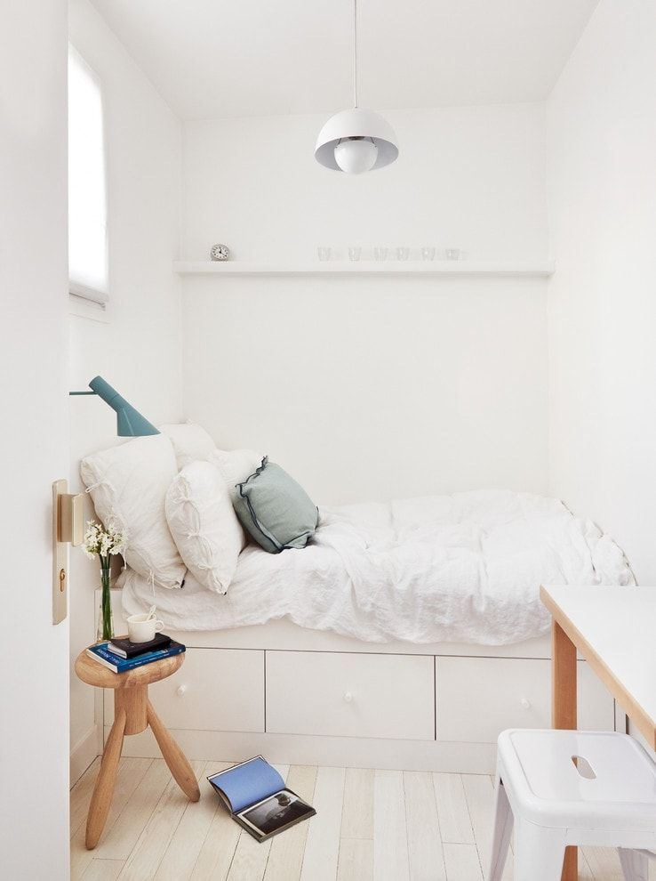 Small bedroom nook in white to increase space
