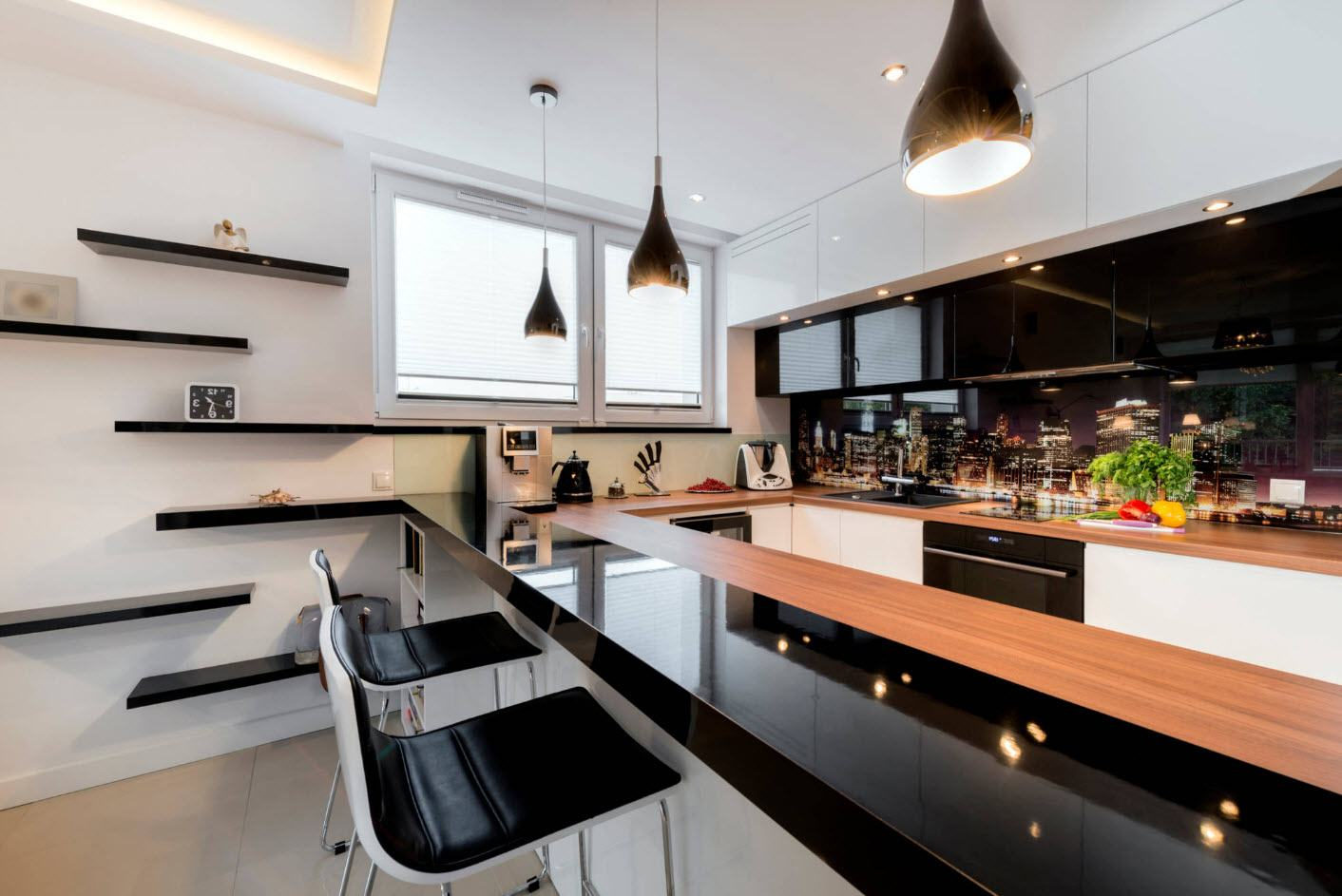 Spectacular black glossy countertop for high-tech kitchen
