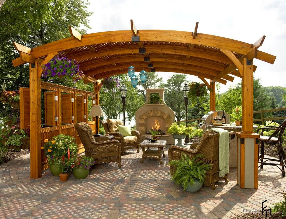 Backyard and Garden Gazebo: Design, Form, Use and Practical Advice. Wooden vaulted patio arbor