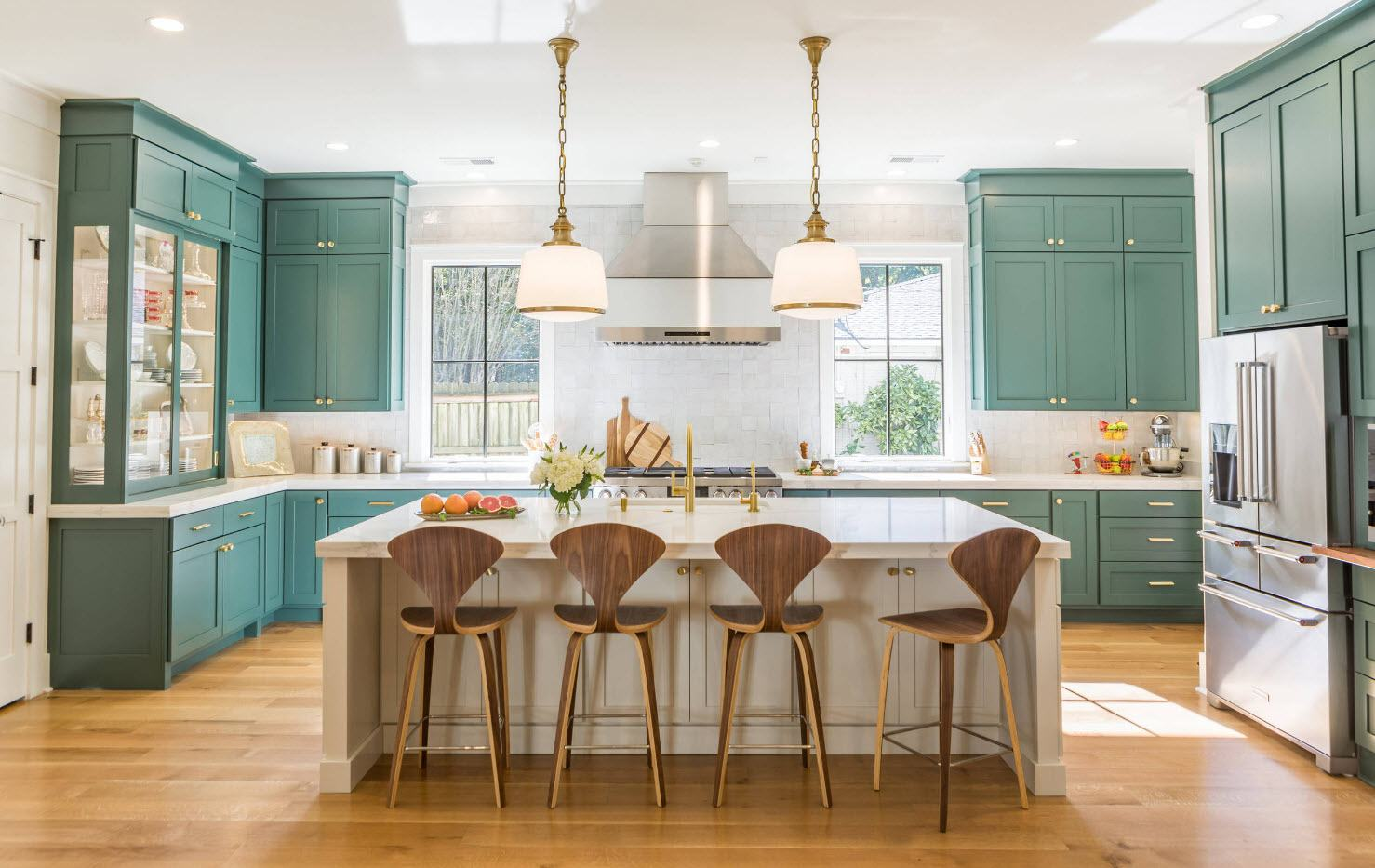 160 Square Feet Kitchen Design Ideas. Turquoise designed cabinets and low tier of furniture in Classic space