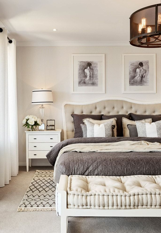 150 Square Feet Bedroom Interior Decoration and Photos. Classic designed room with Queen furniture set and soft quilted headboard