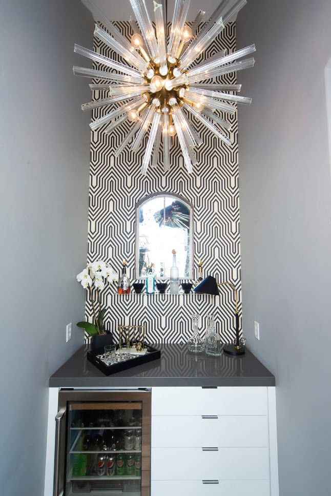 Black and White Wallpaper: Ageless Classics in any Interior. Starburst chandelier