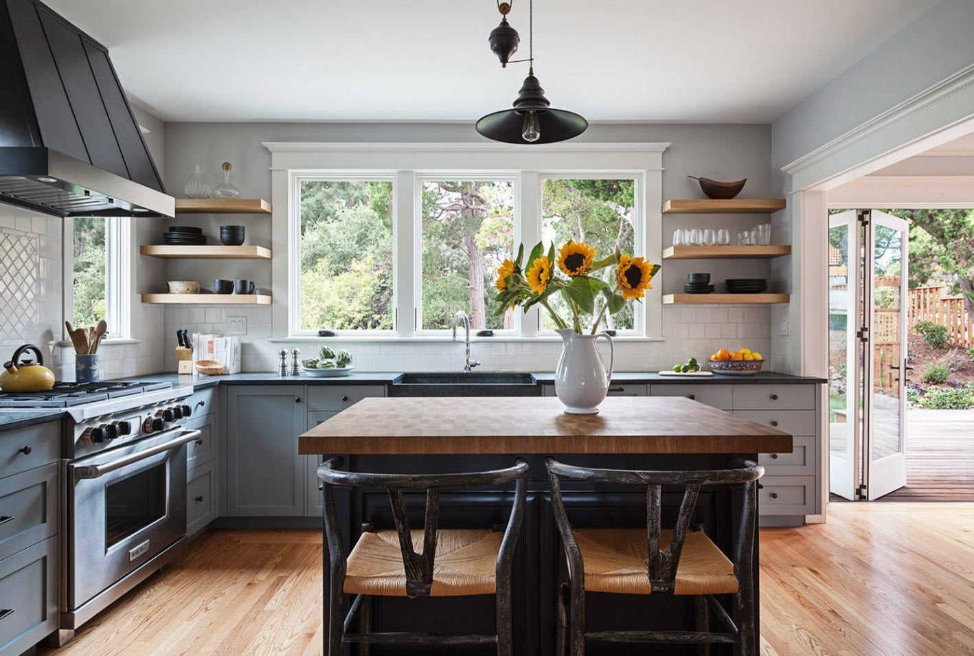 Gray palette for the simple and concise designed kitchen