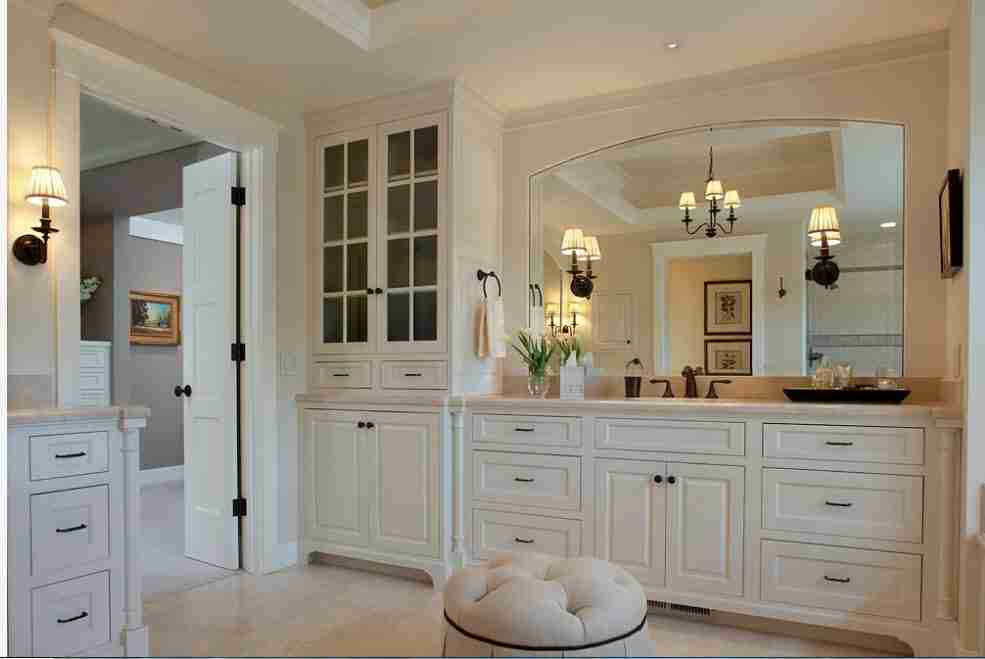 White classic open layout space with modular furniture