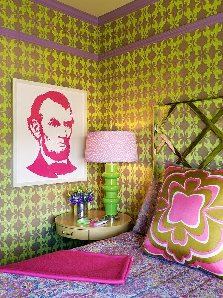 150 Square Feet Bedroom Interior Decoration and Photos. Apparent Pop Art stylistic in the very small bedroom