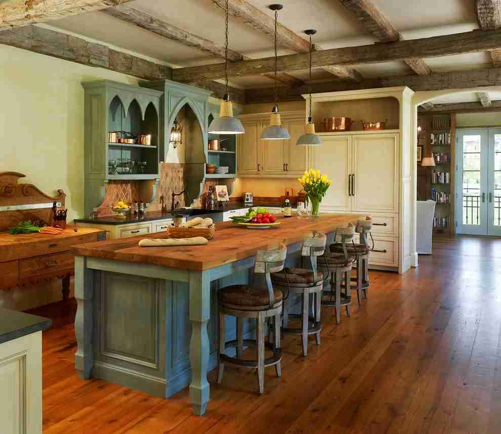 Solid Wood Kitchen Stylish Ideas for Modern Interiors. Noble wood for Country styled large kitchen with island