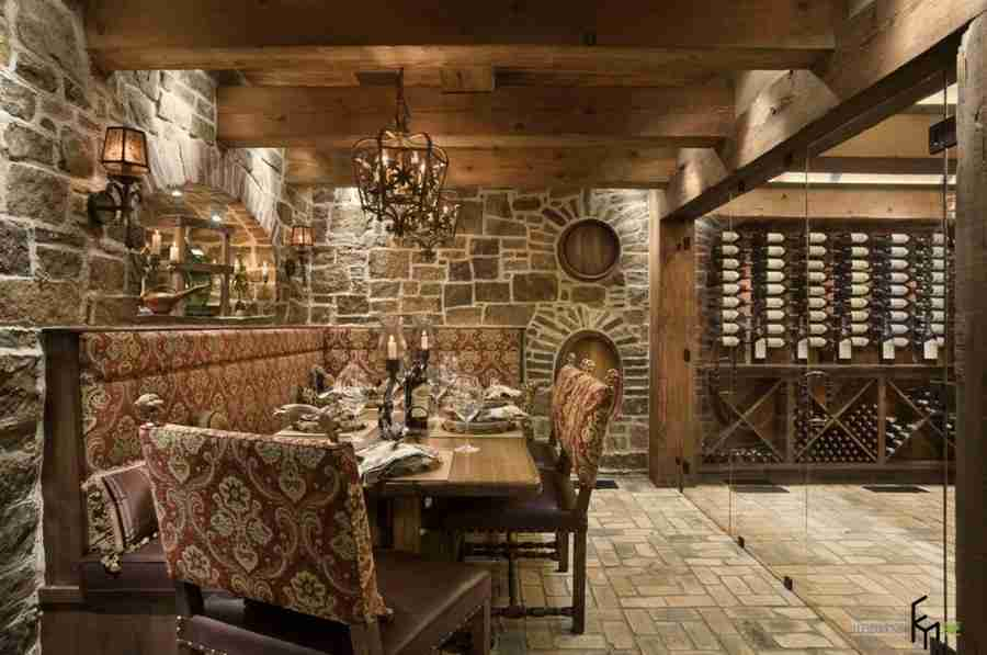 Mediterranean style in the interior with stone brickwork and wooden trimming