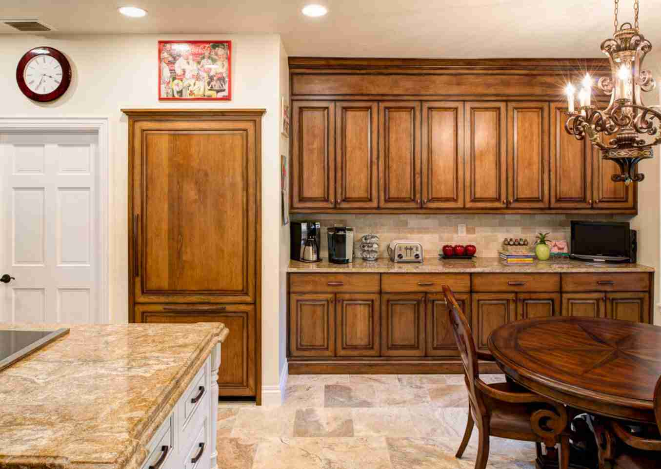 Solid Wood Kitchen Stylish Ideas for Modern Interiors. Carved facades for the Classic kitchen