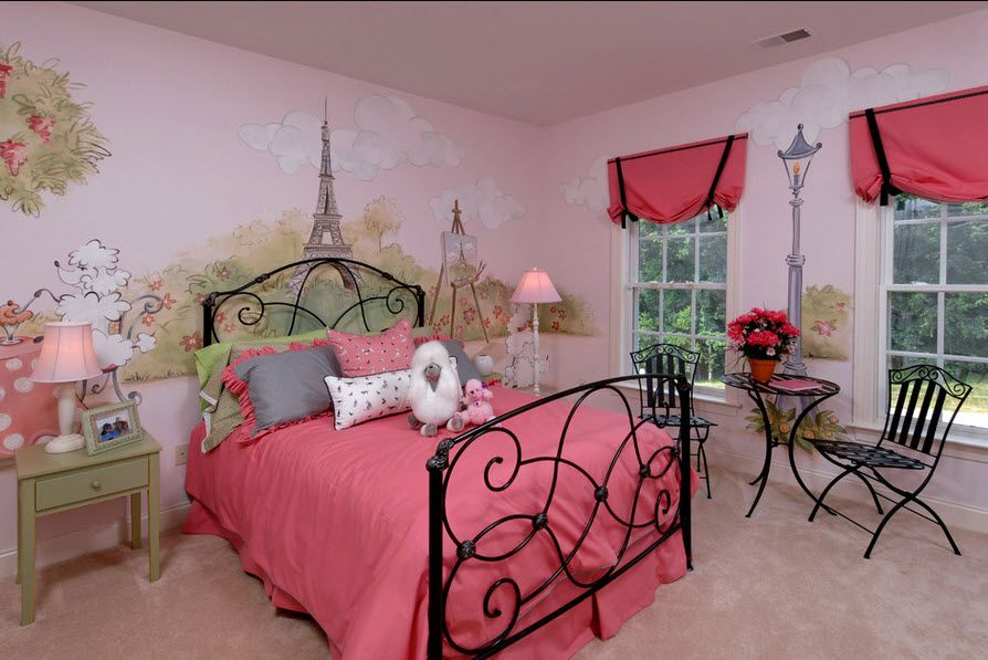 Pink color for the girl's bedroom with black framed bed
