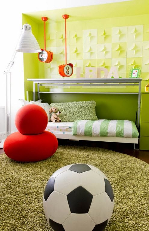Green shades for successful kids' room interior