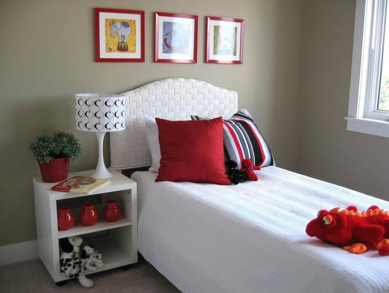 Color Therapy for Children's Room: Why Need Proper Color Combination? Tender girlish styled room with red blotches and gray wall