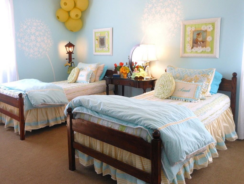 Classic children's room for two in blue colors