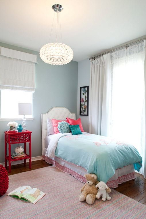 Color Therapy for Children's Room: Why Need Proper Color Combination? Standard nursery with neutral blue shade of walls and red bedside table