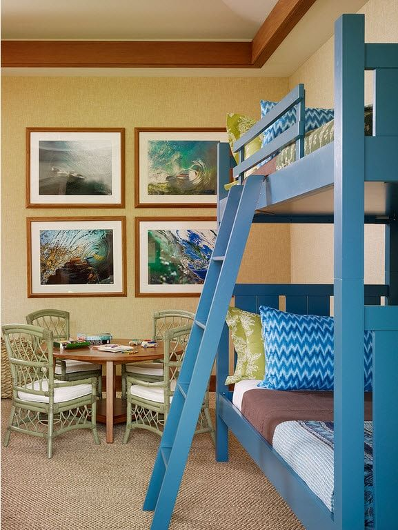Color Therapy for Children's Room: Why Need Proper Color Combination? Blue designed bunk bed for beige painted room