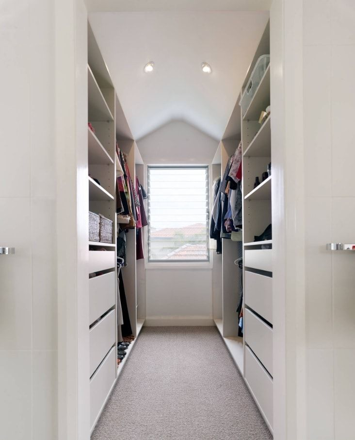 Attic Walk in Closet Ideas: Designing your Loft with Style and Functionality. Combined space with open and closed cabinets in gray tones