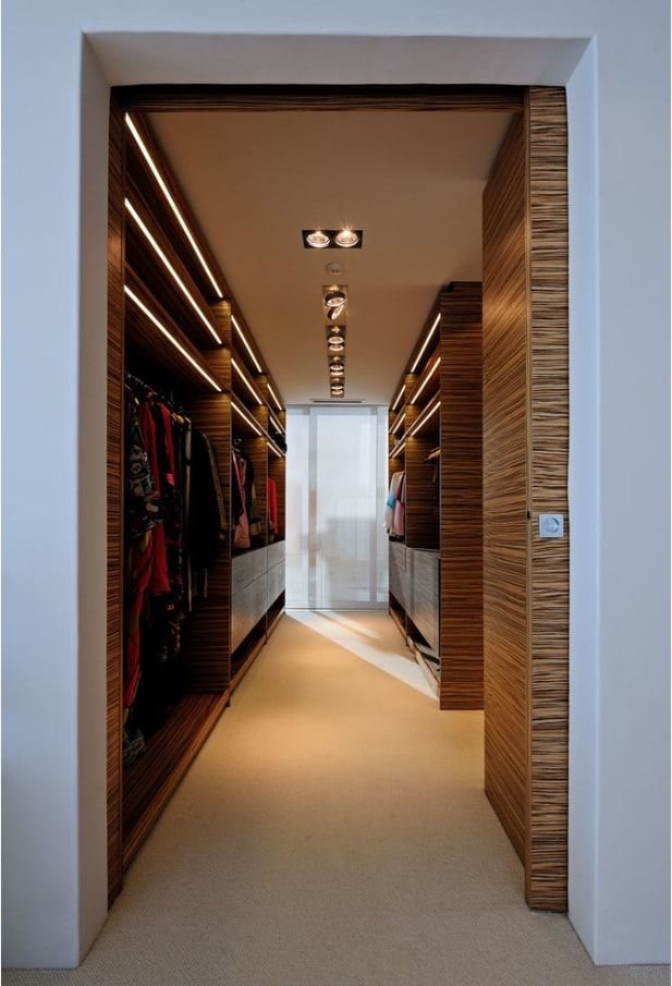 Attic Walk in Closet Ideas: Designing your Loft with Style and Functionality. Nice stone imitating materials for walls