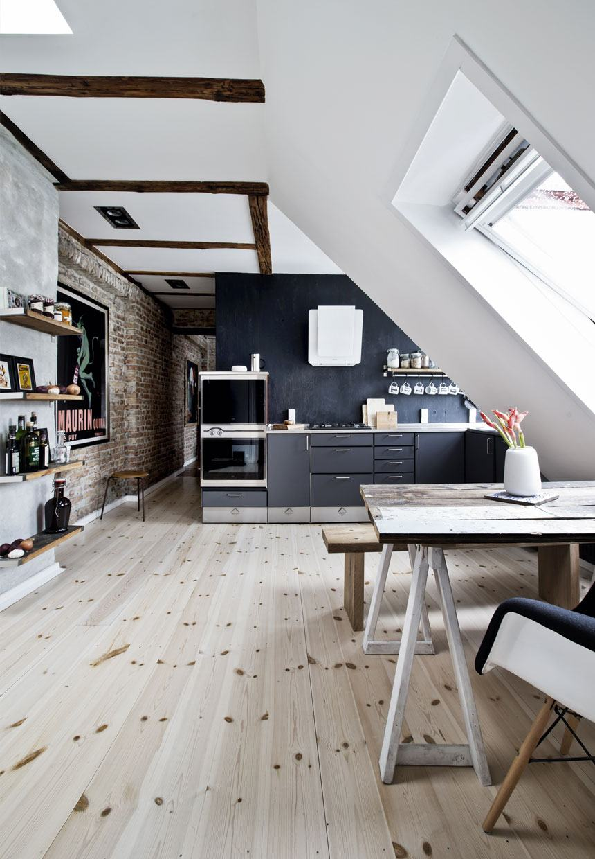 Attic Room Original Finishing and Decoration Ideas with Photos. White designed room with large panoramic window