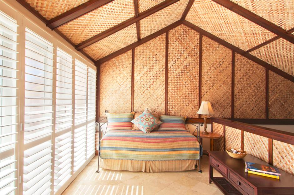 Attic Room Original Finishing and Decoration Ideas with Photos. Three unusual wooden sheathing