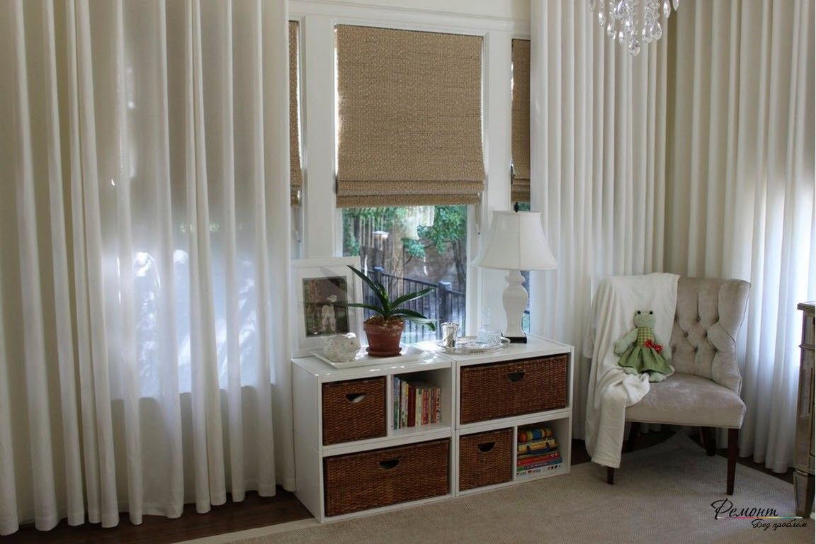 Roman Blinds in the Interior: Description, Organiс Combination of Color. Retractable boxes in the modern styled cottage