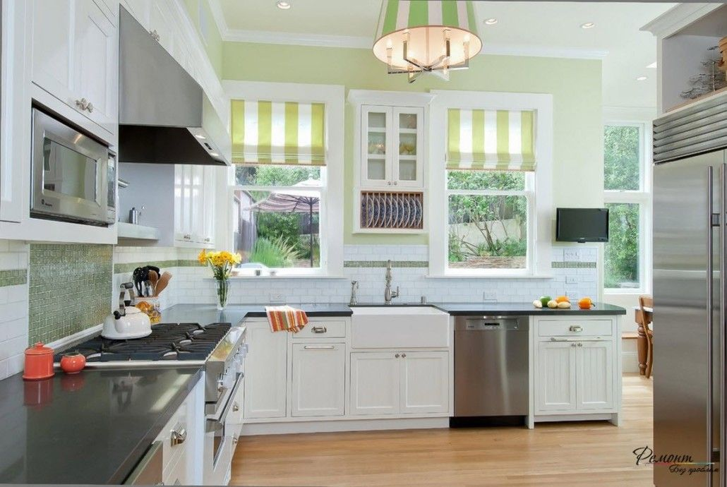 Roman Blinds in the Interior: Description, Organiс Combination of Color. White classic kitchen with lime striped drapes