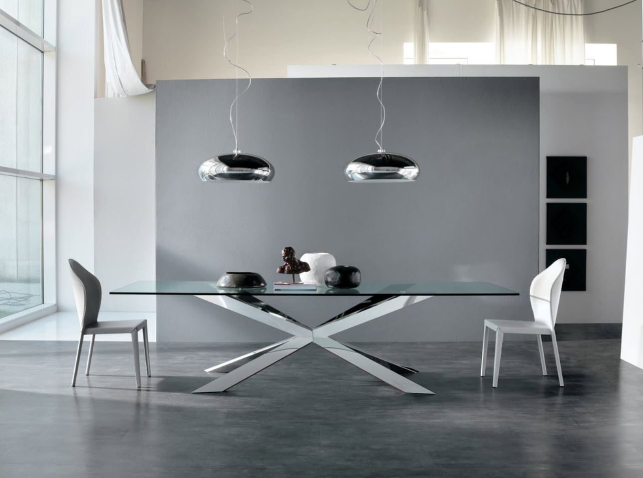 Gray Laminate: Photo Collection of Successfully Decorated Interiors. Unusual modern interior with glass table top and gray screen at the background