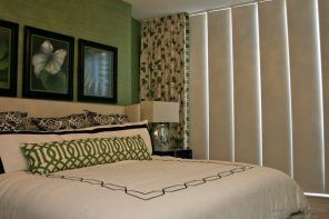 Japanese Panel Curtains: Oriental Charm in the Modern Interior. Green headboard wall with two large picture