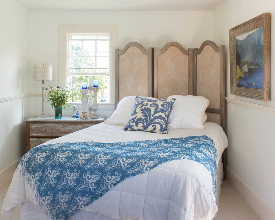 Large bed and boudoir screen for Classic styled bedroom