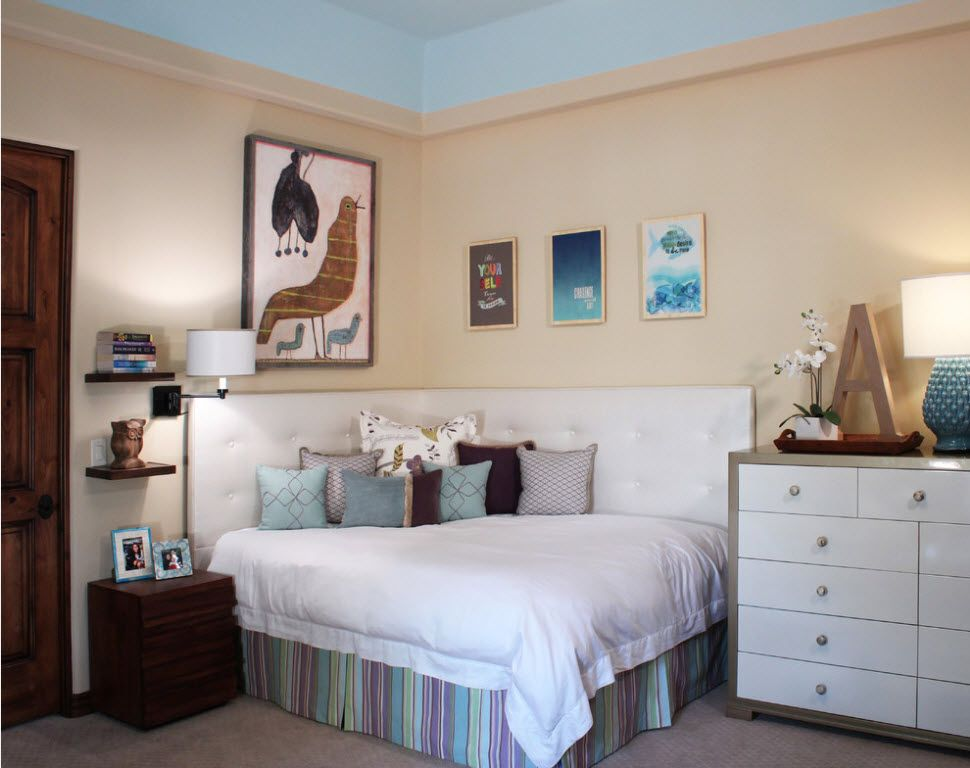 Small Room Interior Design Tips and Ideas. Pastel colors for neat bedroom