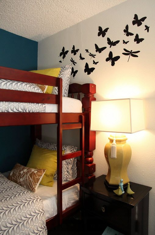 Small Room Interior Design Tips and Ideas. The black pattern drawing in the wall for bedroom with a bunk bed