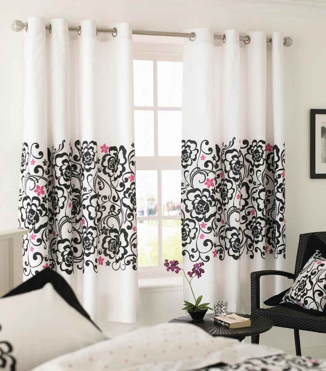 Bedroom Curtains: Full Guide on How to Decorate the Windows. White drapes in Japanese style