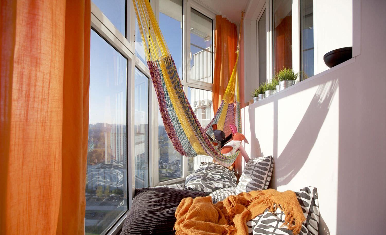 Cloth hammock at the loggia