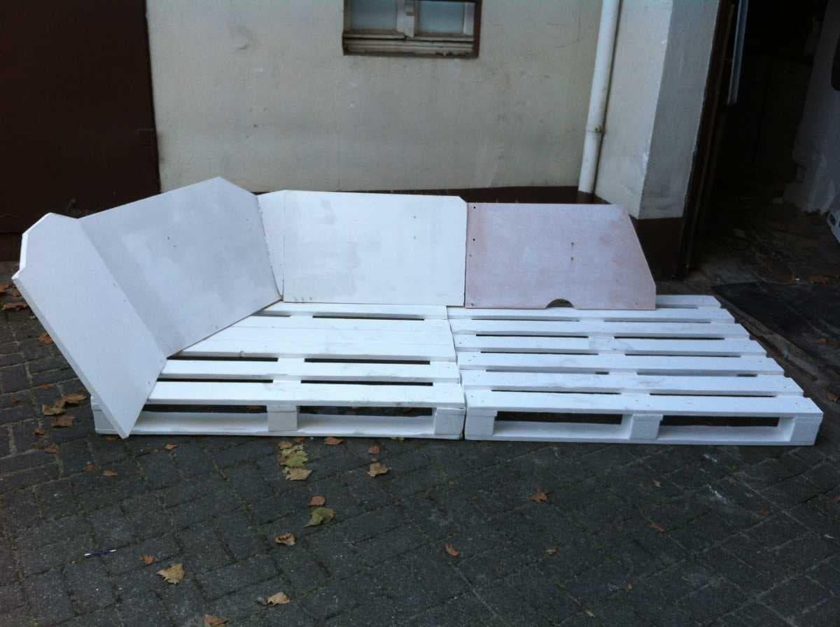 Corner sofa DIY assembling: step 6