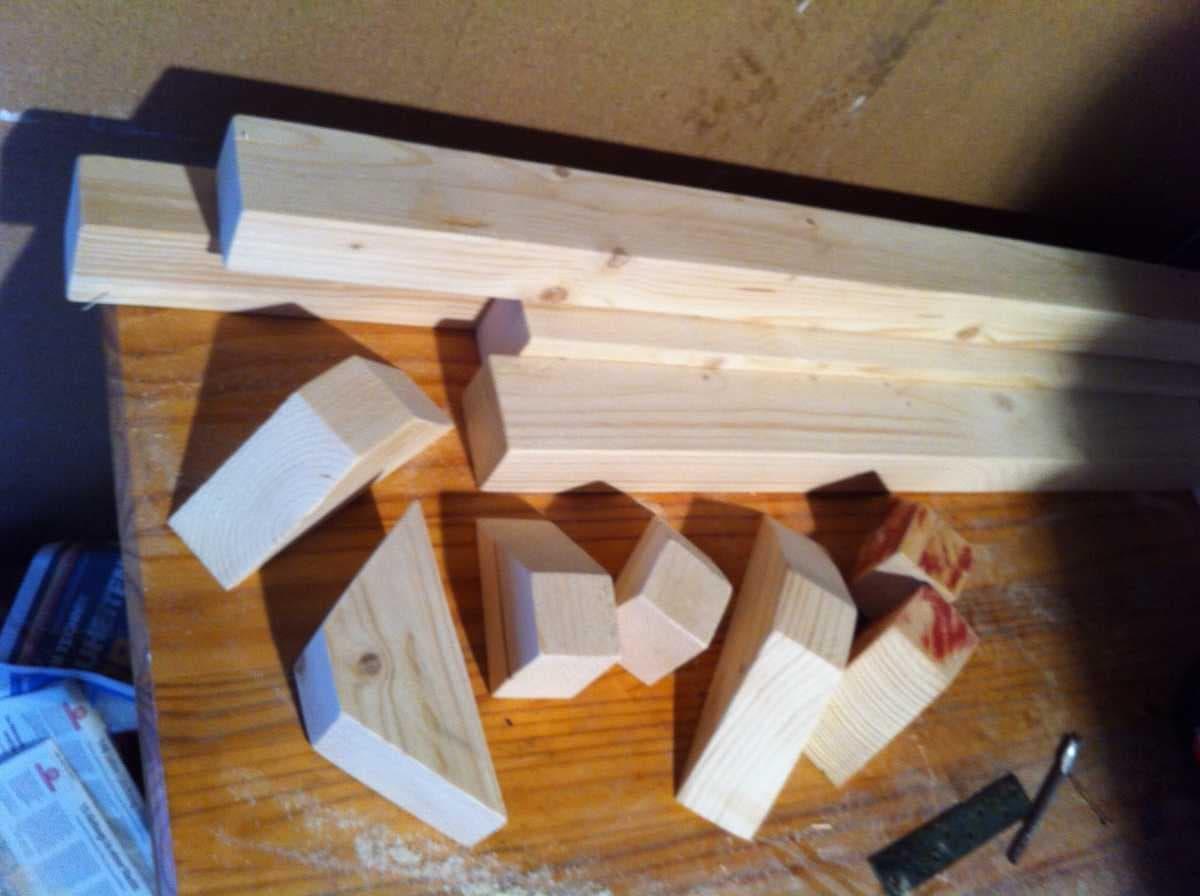 Corner sofa DIY assembling: step 7, sawing new elements